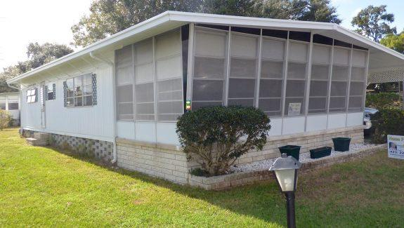 Used Mobile Home For Sale 001 Wide 575x325 - GREAT DOUBLEWIDE - WALK TO DOWNTOWN DUNEDIN
