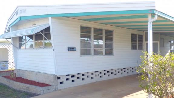 Used Mobile Home For Sale 201603 002 Wide 2 575x325 - GREAT LOCATION ACROSS FROM COUNTRYSIDE MALL!