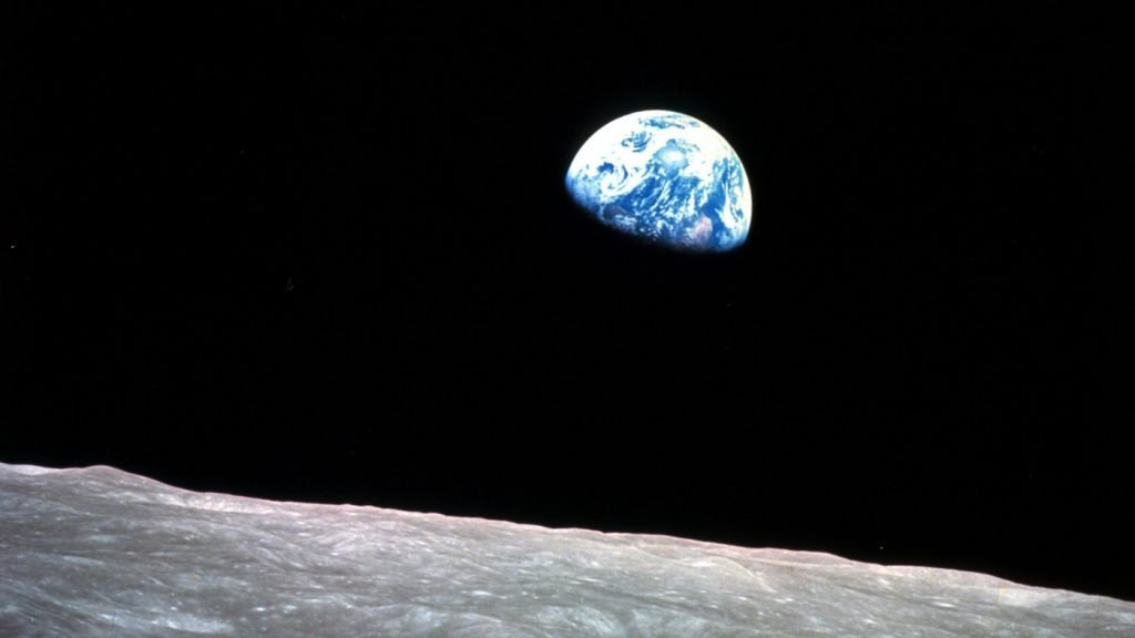 1968 - Apollo 8 - Earthrise