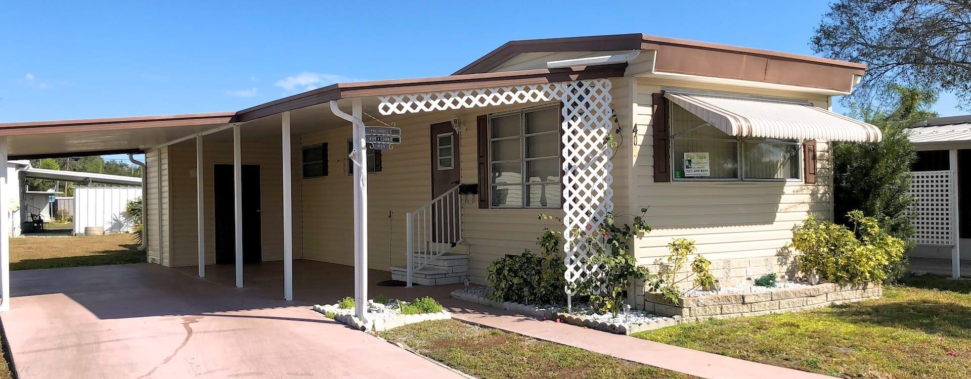 Mobile Home For Sale - Saint Petersburg, FL Isle Of Palms #409