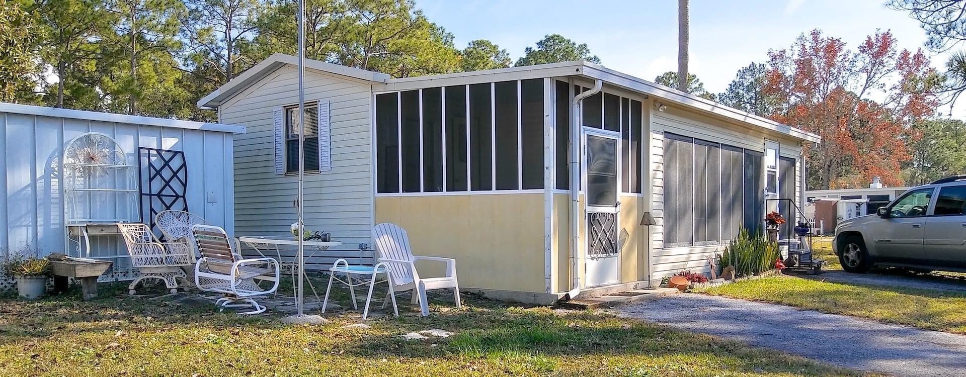 Mobile Home For Sale | Port Richey, FL | Oak Springs RV Resort #201